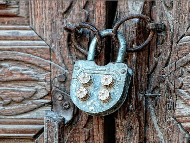 Как защитить замок от ржавчины?